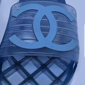 Chanel pool slides